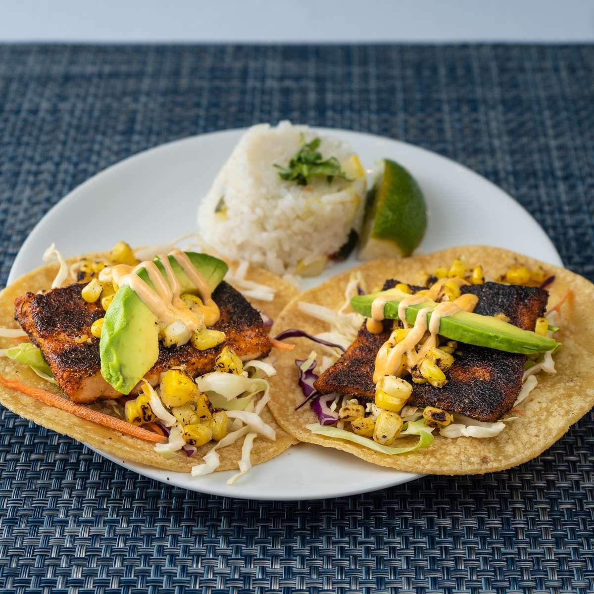 Salmón Tacos