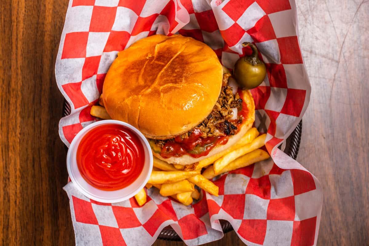 Chopped_Beef_Sandwich_021021_001