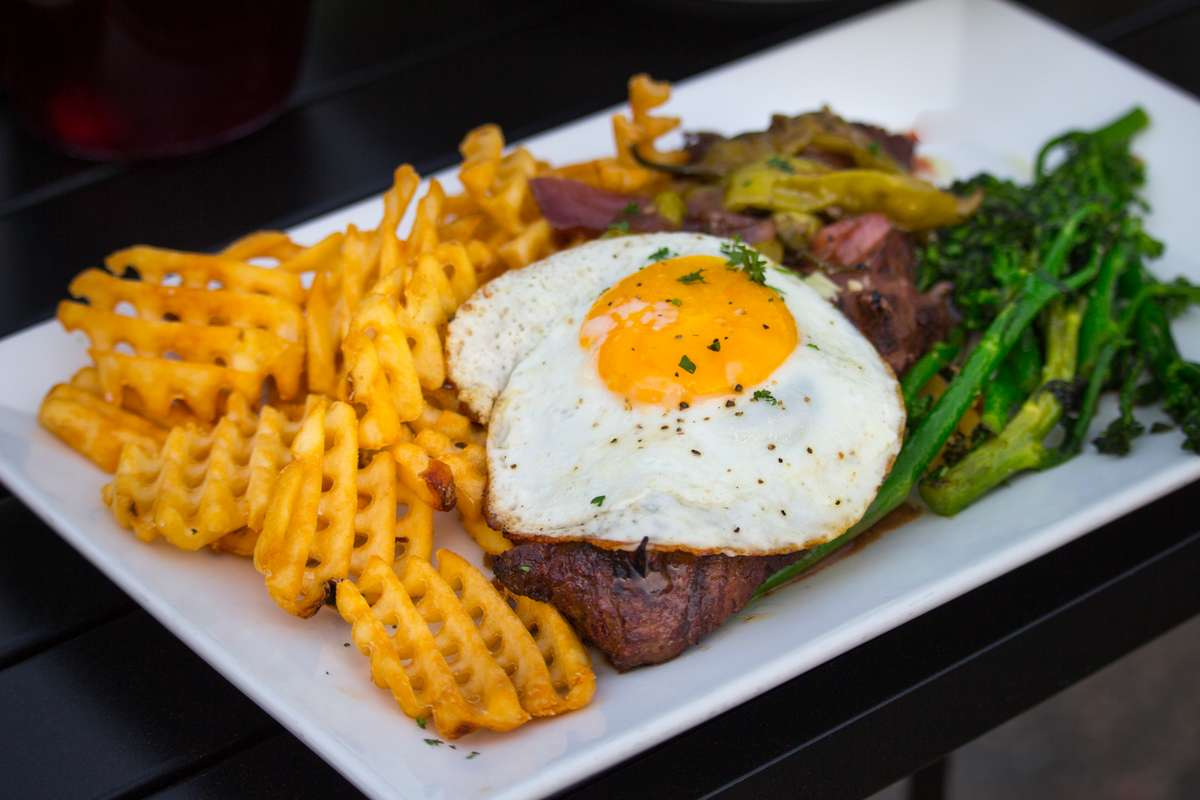 Lisbon Steak