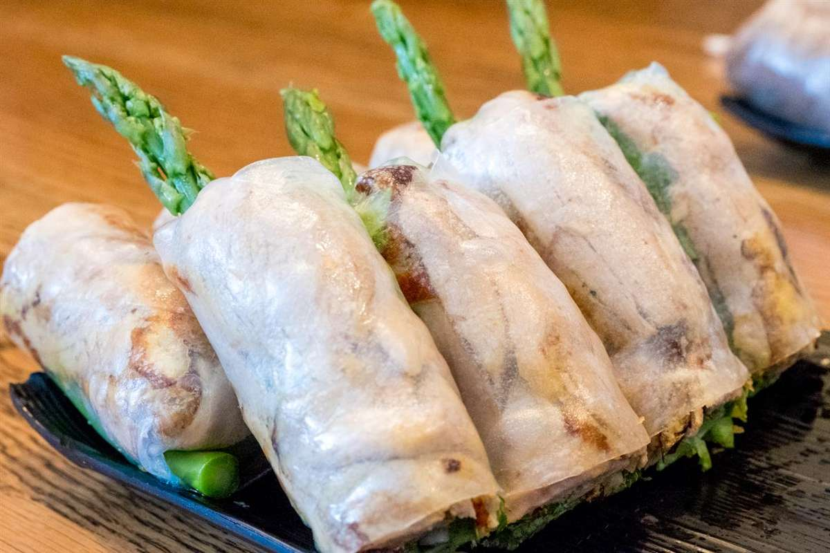 Roasted Duck Spring Rolls - Gỏi Cuốn Vịt