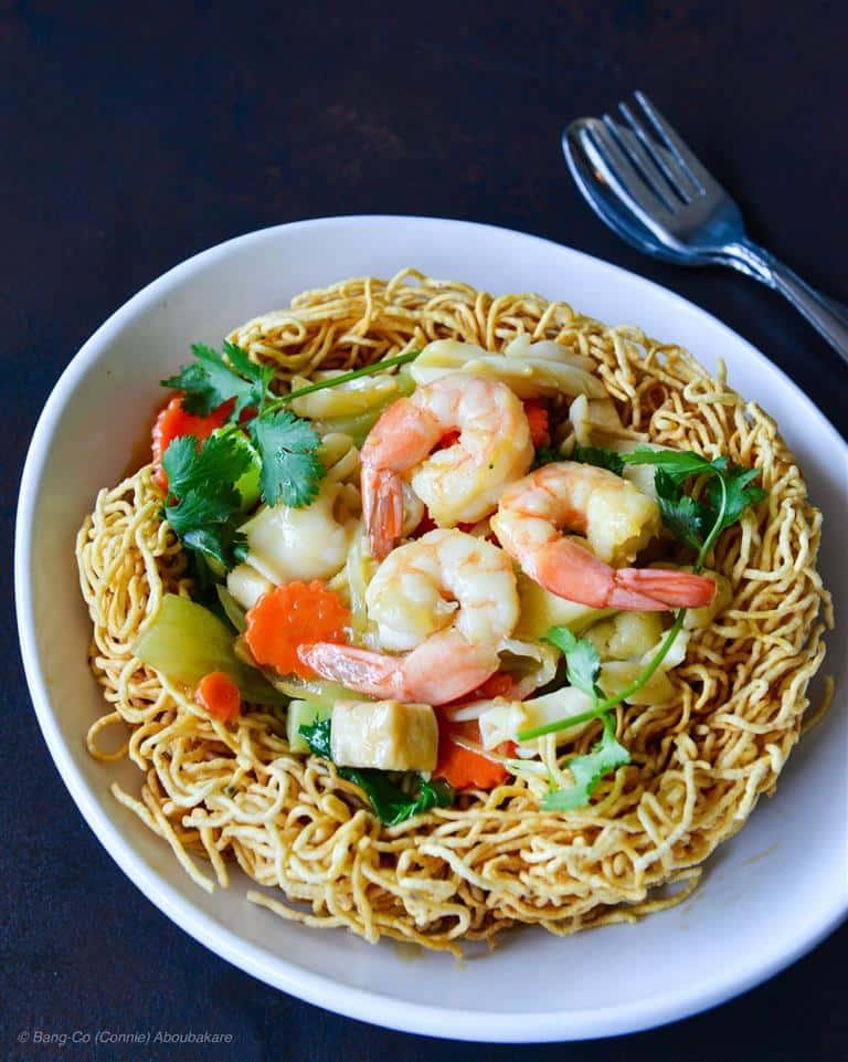 Seafood Egg Noodles (Soft / Crispy) - Mì Xào Mềm Hải Sản (Dòn / Mềm)