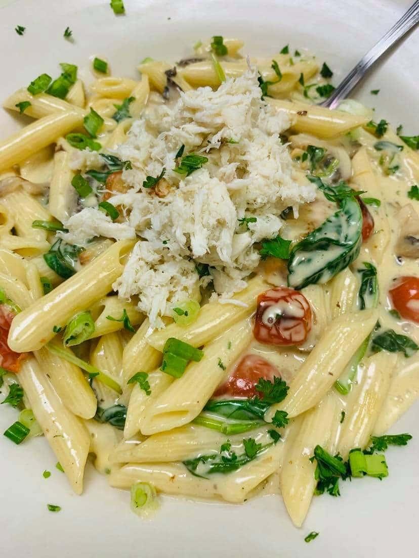 Crab 'N Shrimp Pasta