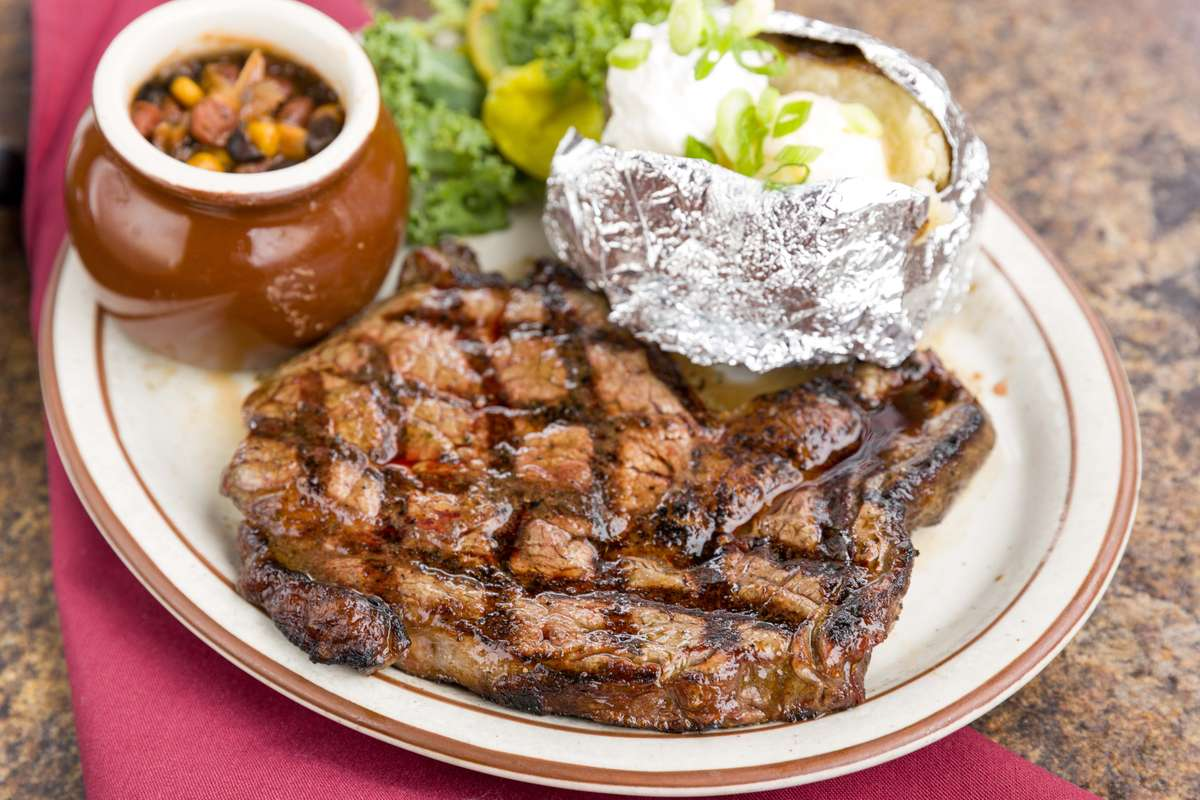 steak and baked potato at winchesters