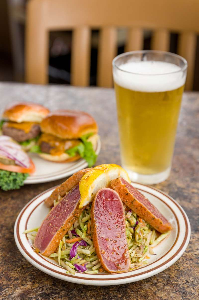 seared tuna and beer