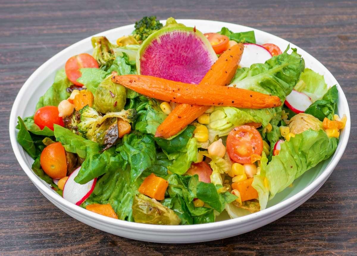 Peirano's Farm Salad