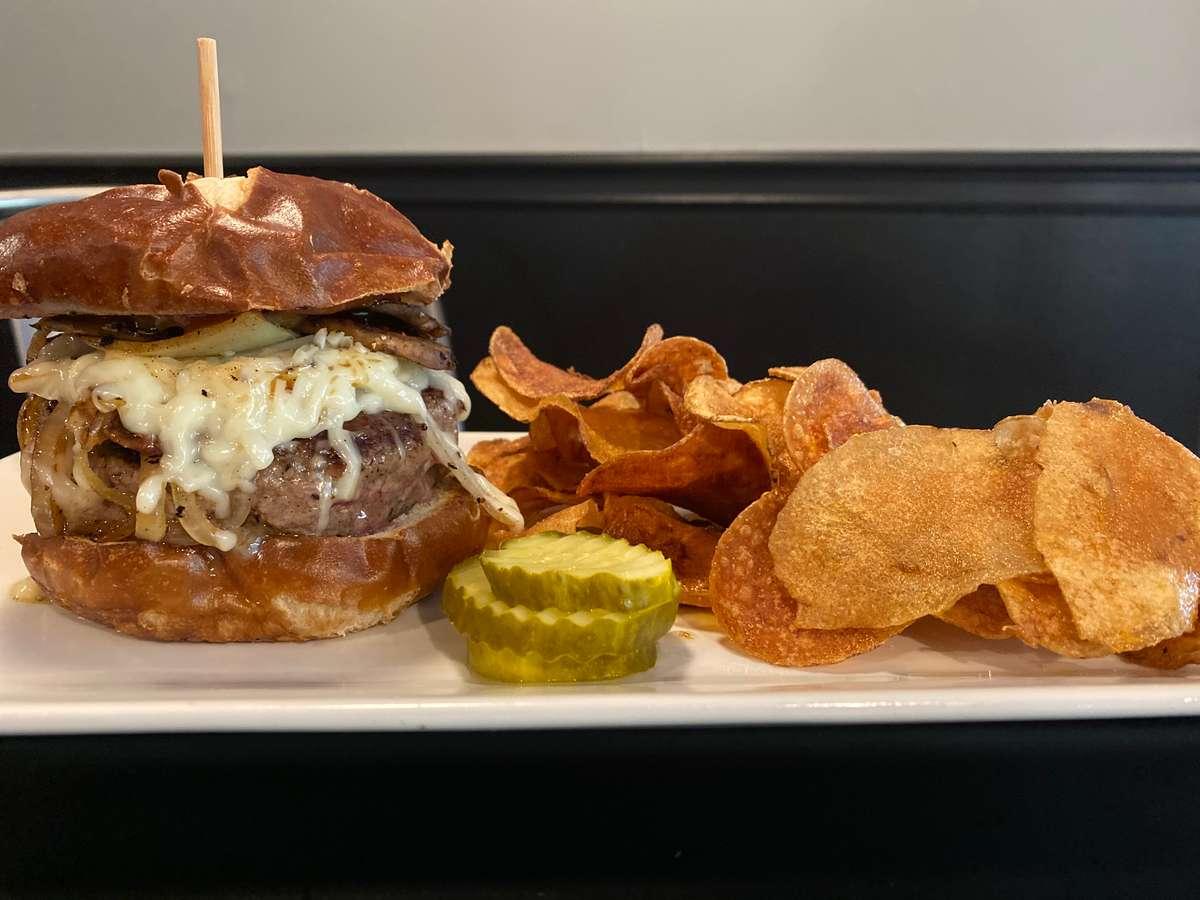 Weekly Burger ~ Chipotle Burger