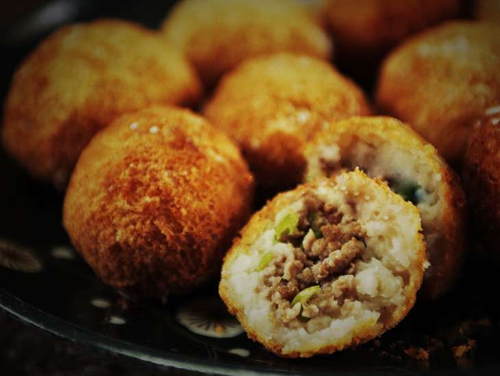 Wu Gok (Taro Dumplings/2 pcs per order)