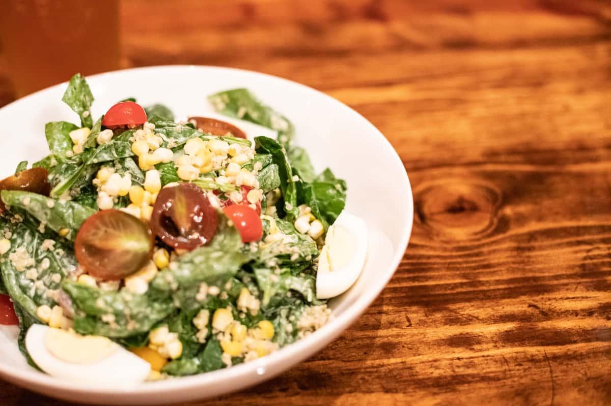 Summer Spinach & Corn Salad