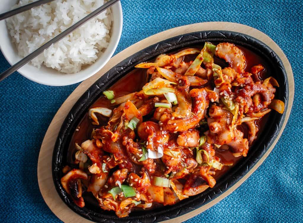 22 Stir-Fried Spicy Octopus / 낙지볶음/