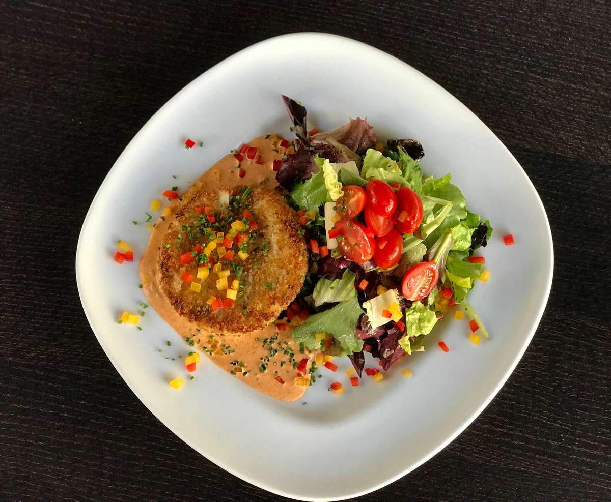Pan Seared Dungeness Crab Cake w/ Mixed Greens & Smoked Chili Remoulade