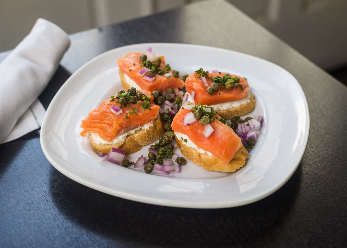 Smoked Salmon Toast Points w/ Goat Cheese, Red Onions & Chives & Capers