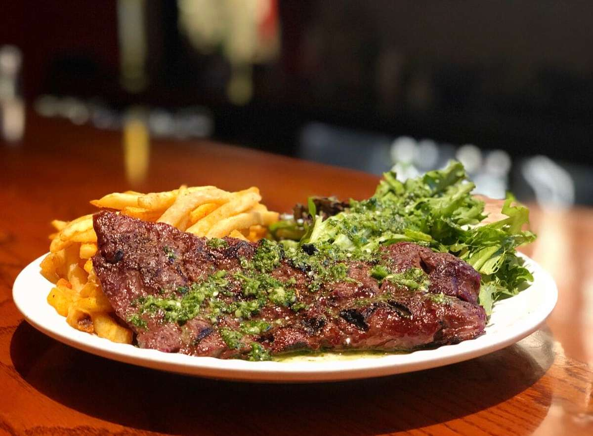 """Charbroiled """"Ugly Steak"""" Frites"""