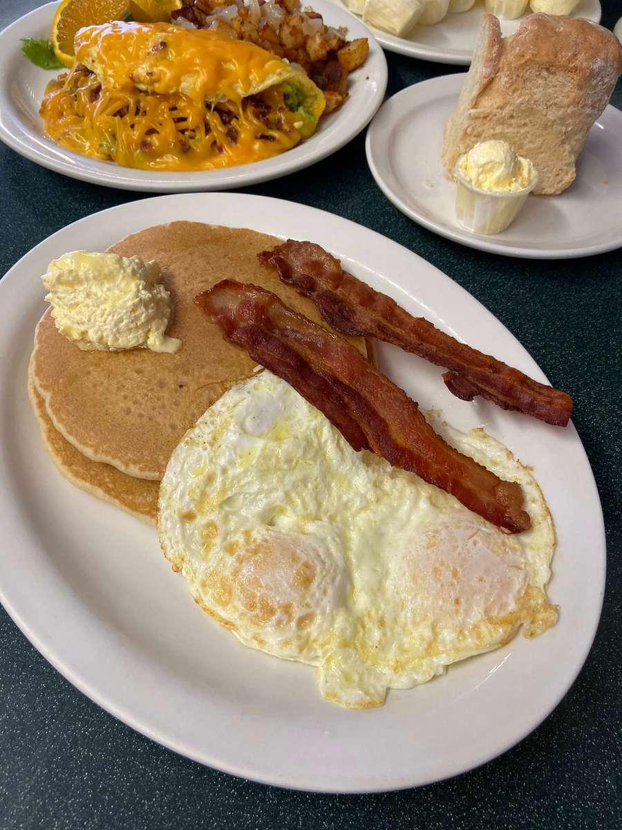 2 Dollar Pancakes, 2 Bacon & 2 Eggs