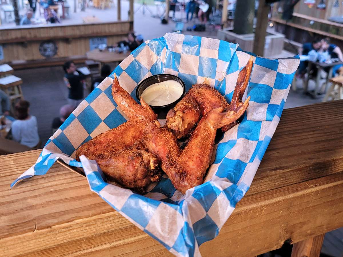 Whole Fried / Pitmaker Seasoned Smoked Wings