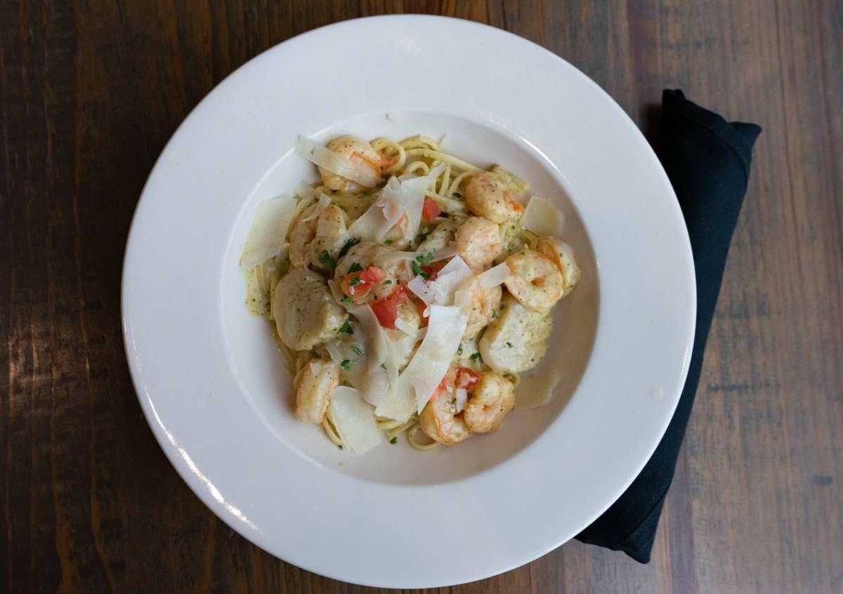 Shrimp Linguini Pesto