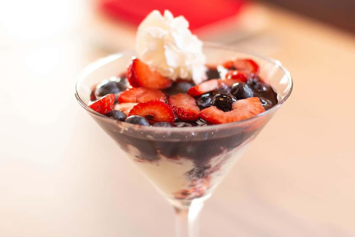 Berries Crème Anglaise