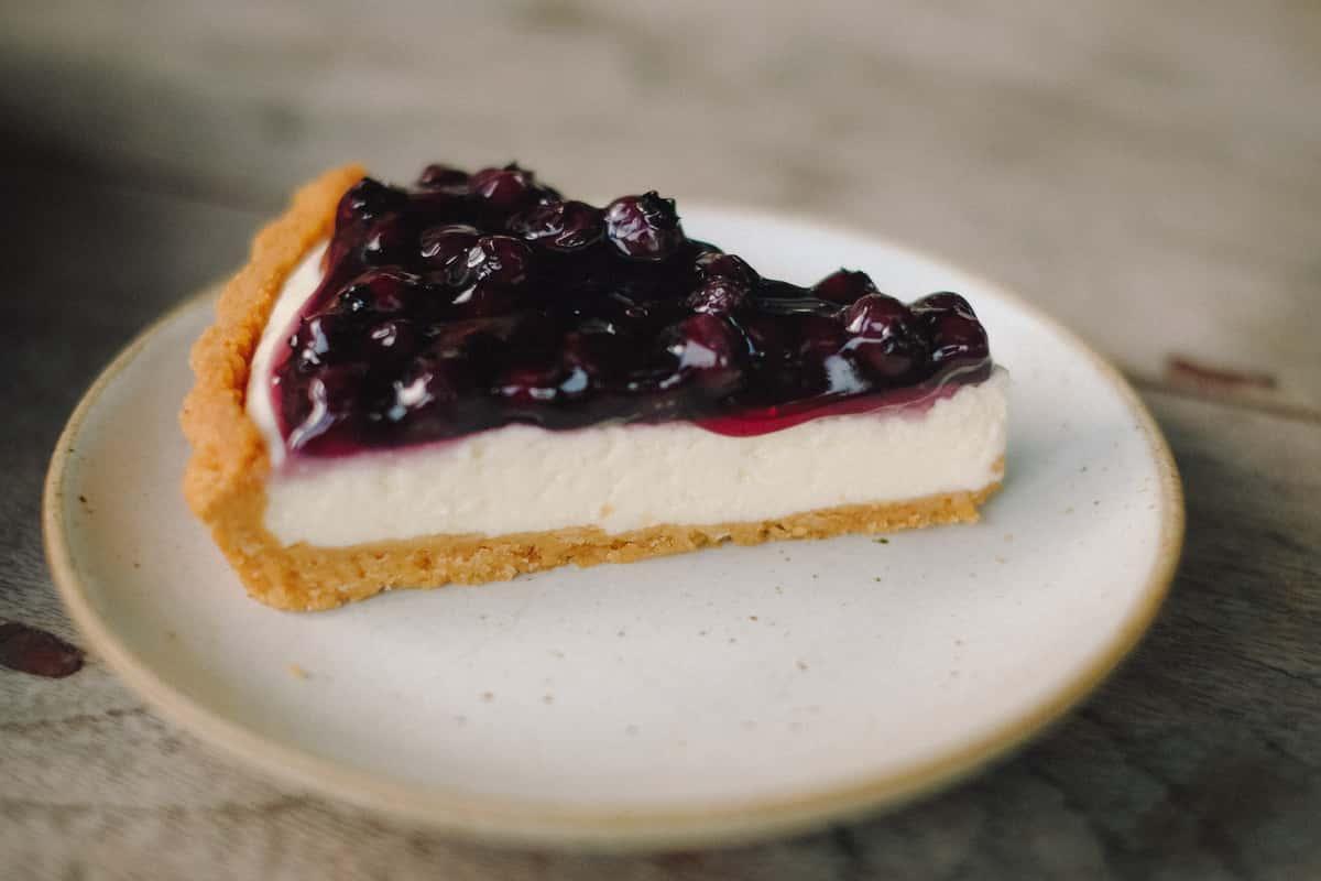 Cherry Cheesecake (Slice)