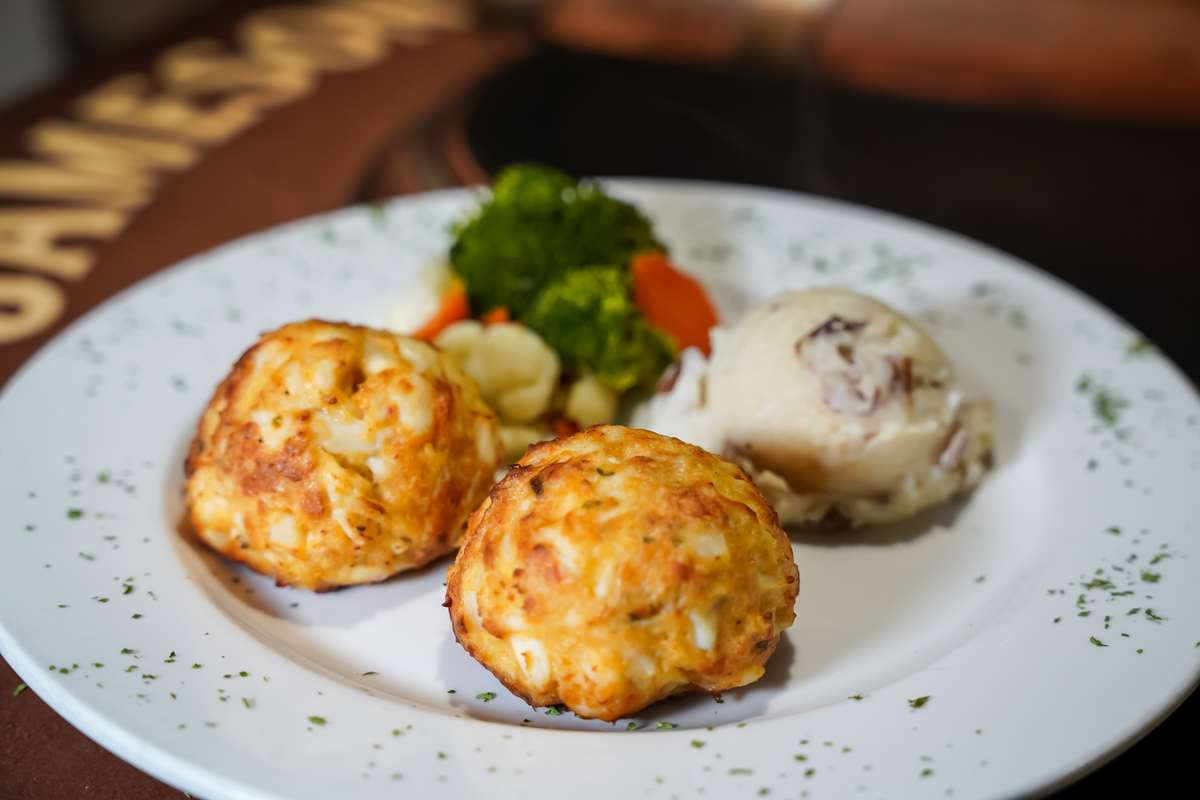 Coin's Famous Crab Cake