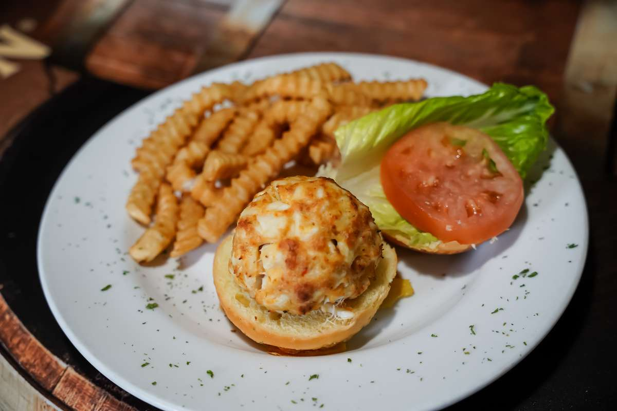 """Coins """"Famous"""" Crab Cake"""