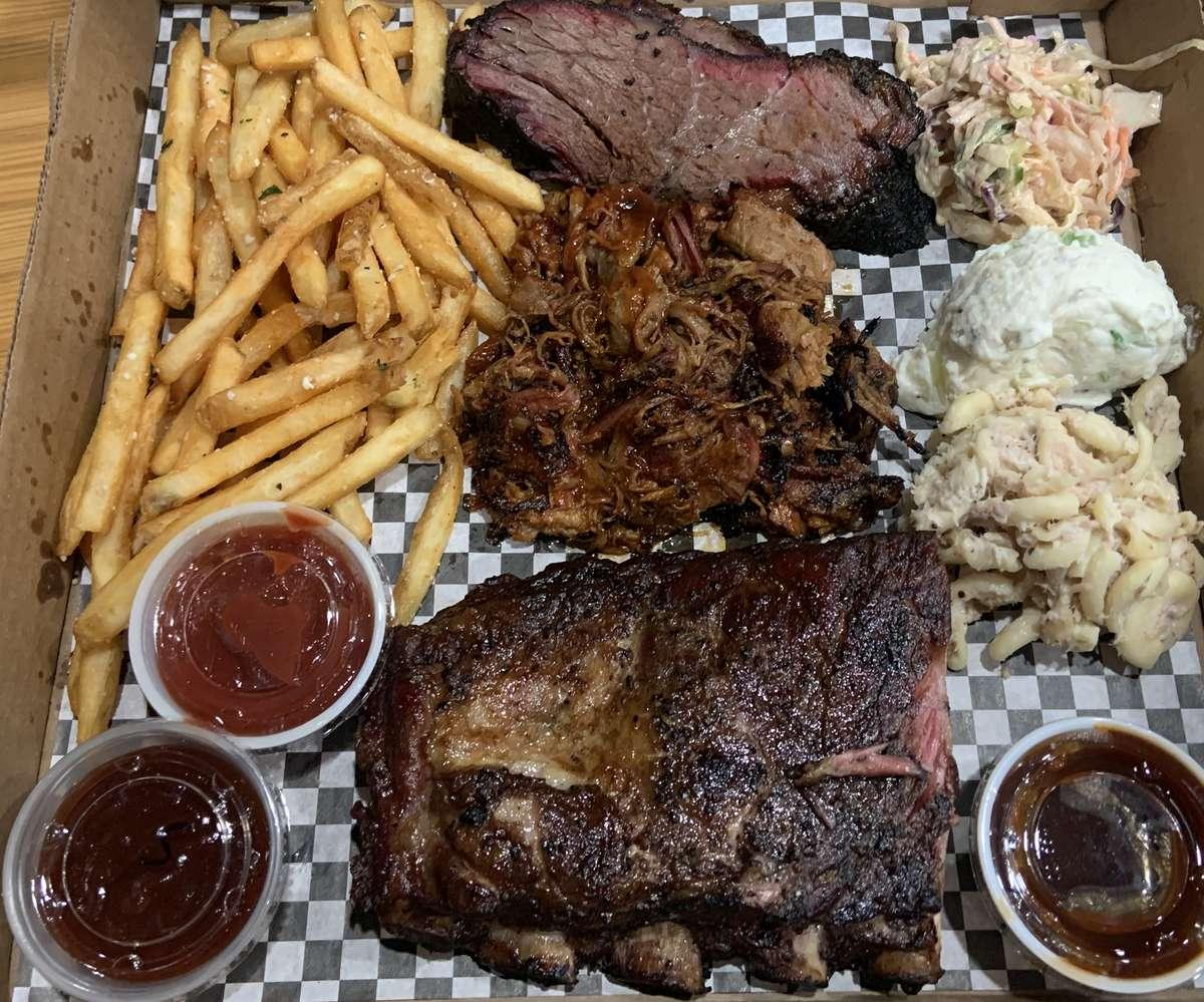 Mister's BBQ Meat Platter