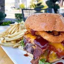Western Bacon Cheeseburger