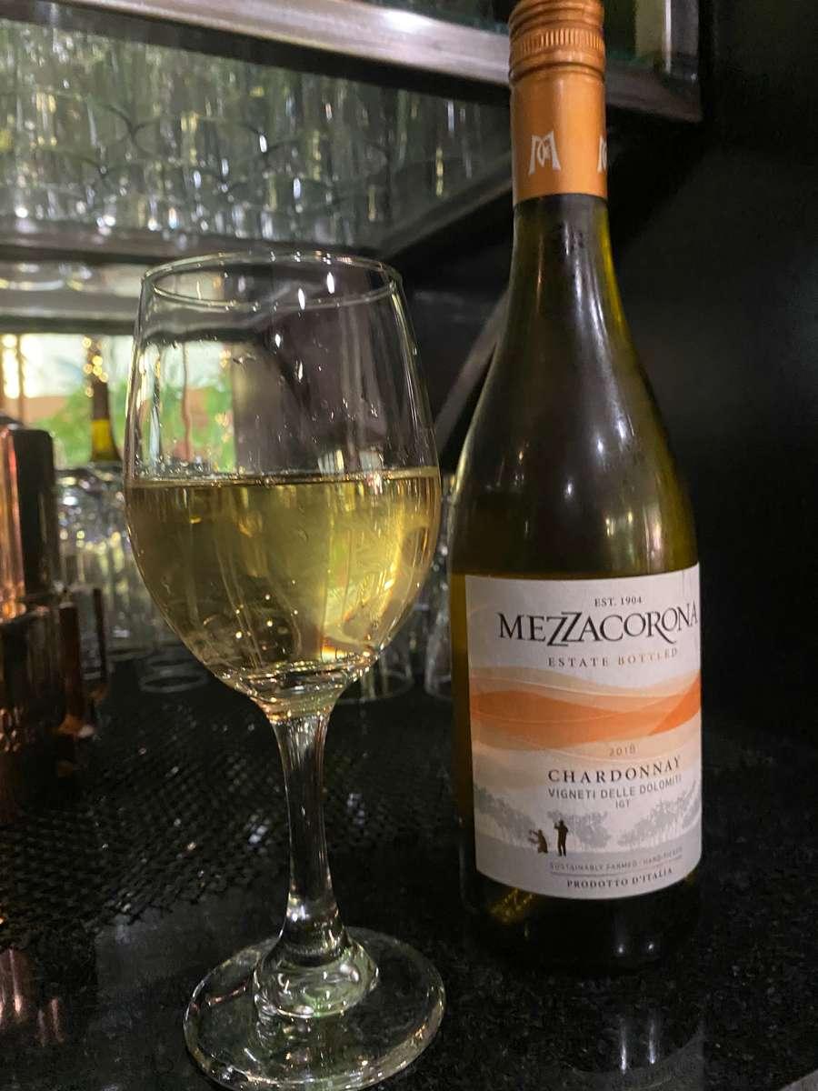 Mezzacorna Chardonnay, Italy