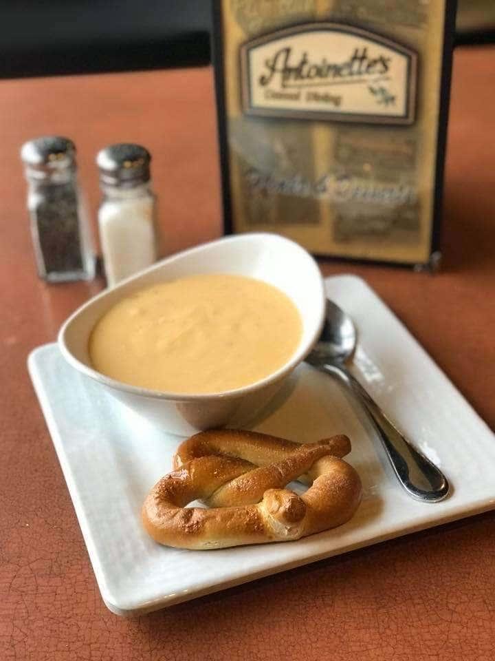 Wisconsin Cheesy Bacon Soup