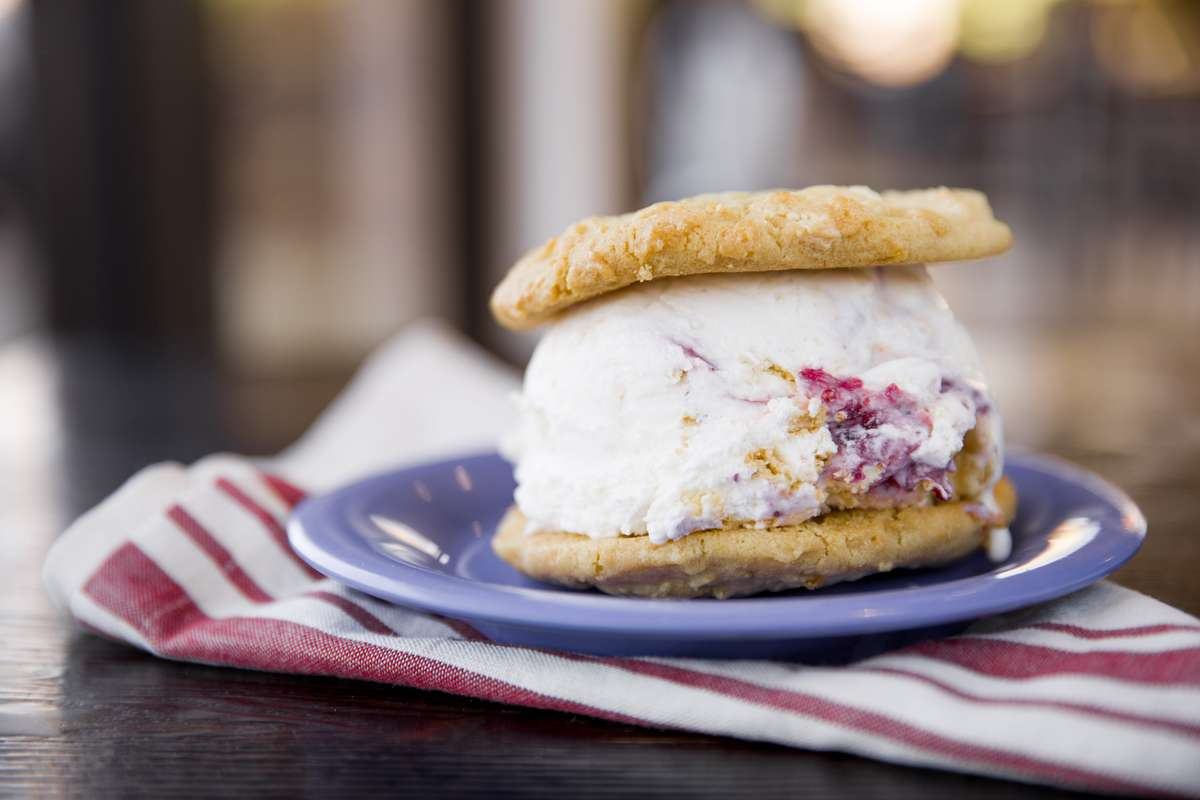 Build Your Own LC Cookie Sandwich