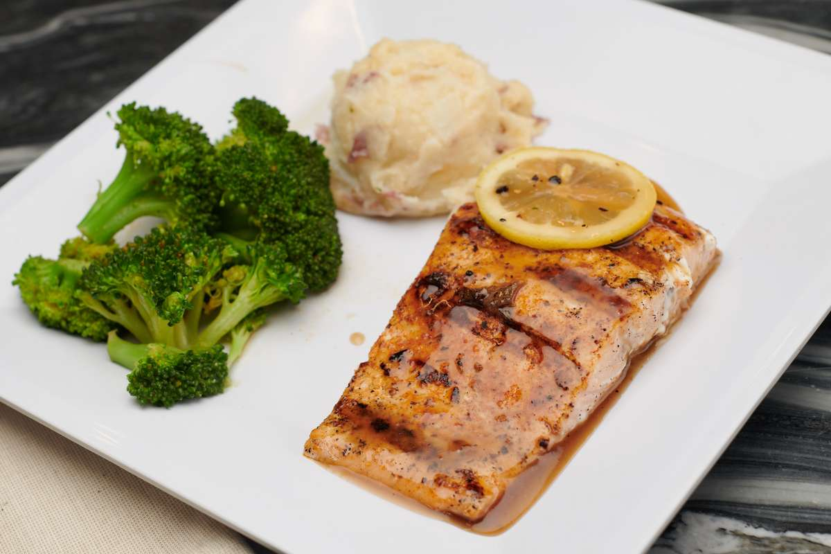 Mike's Salmon 6oz *