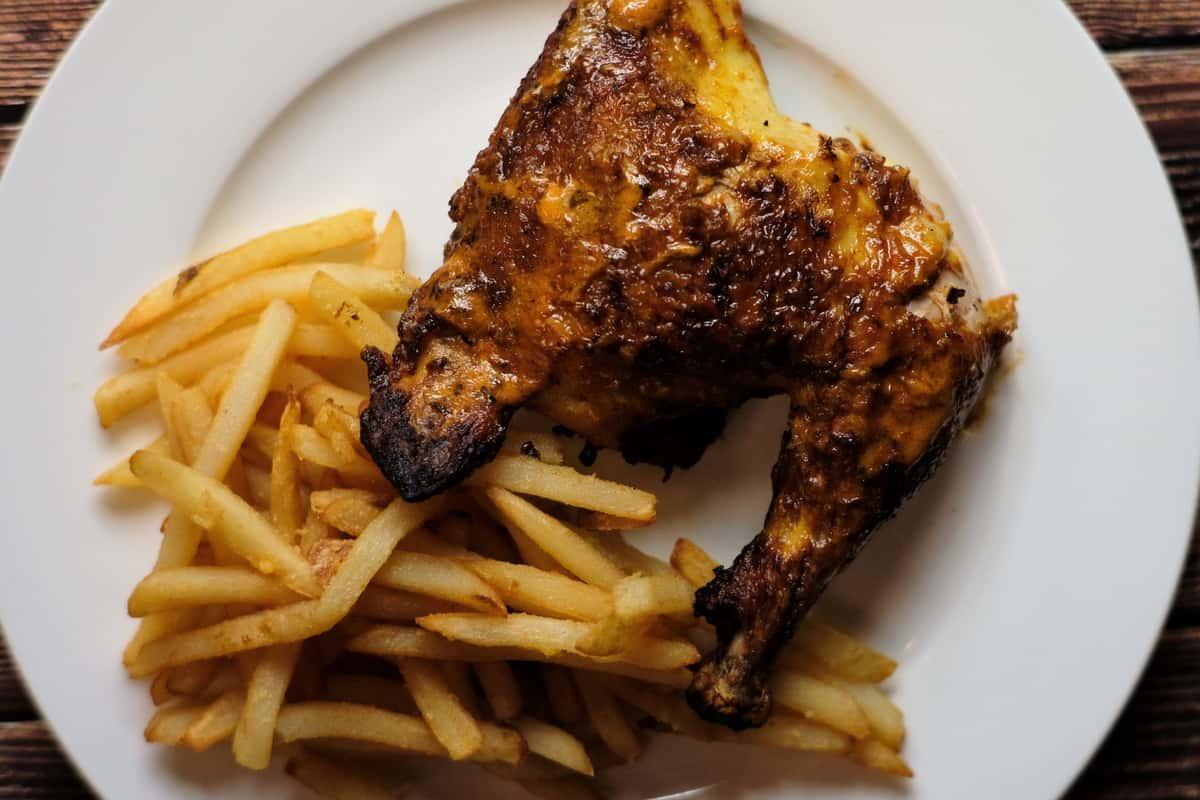 Peri Peri 1/4 Chicken & 1 Side