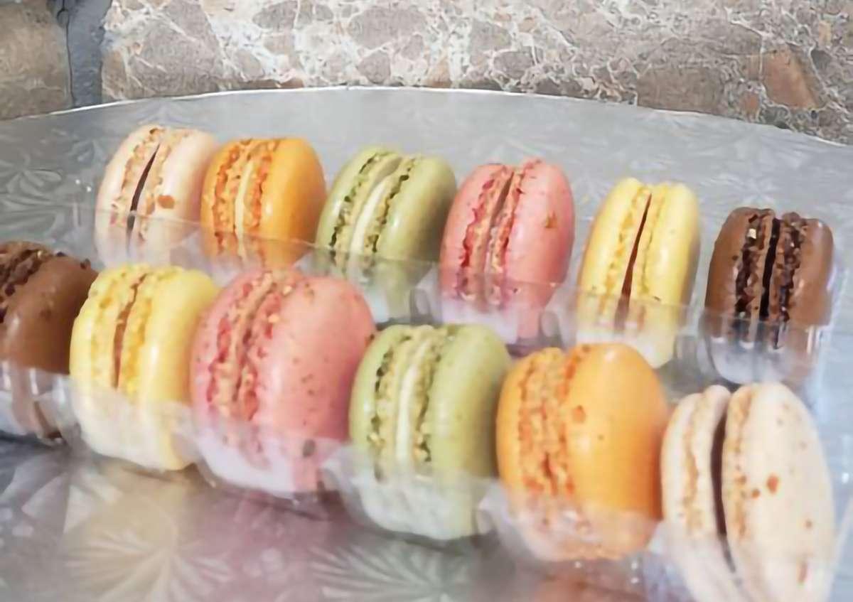 Macaron Bites