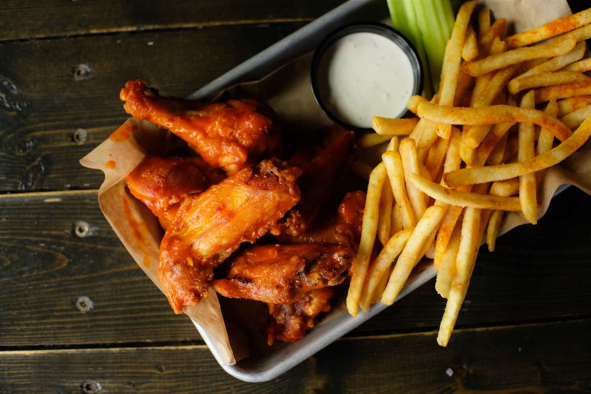 jumbo chicken wings and fries