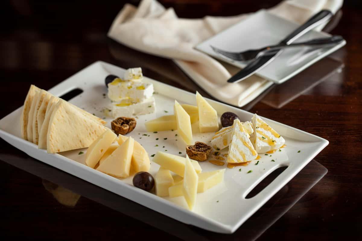 Happy Vino Cheese Sampler