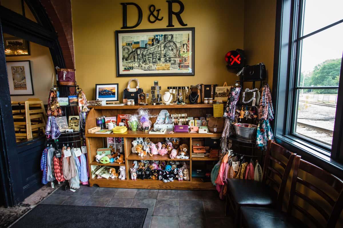 D & R Depot Restaurant