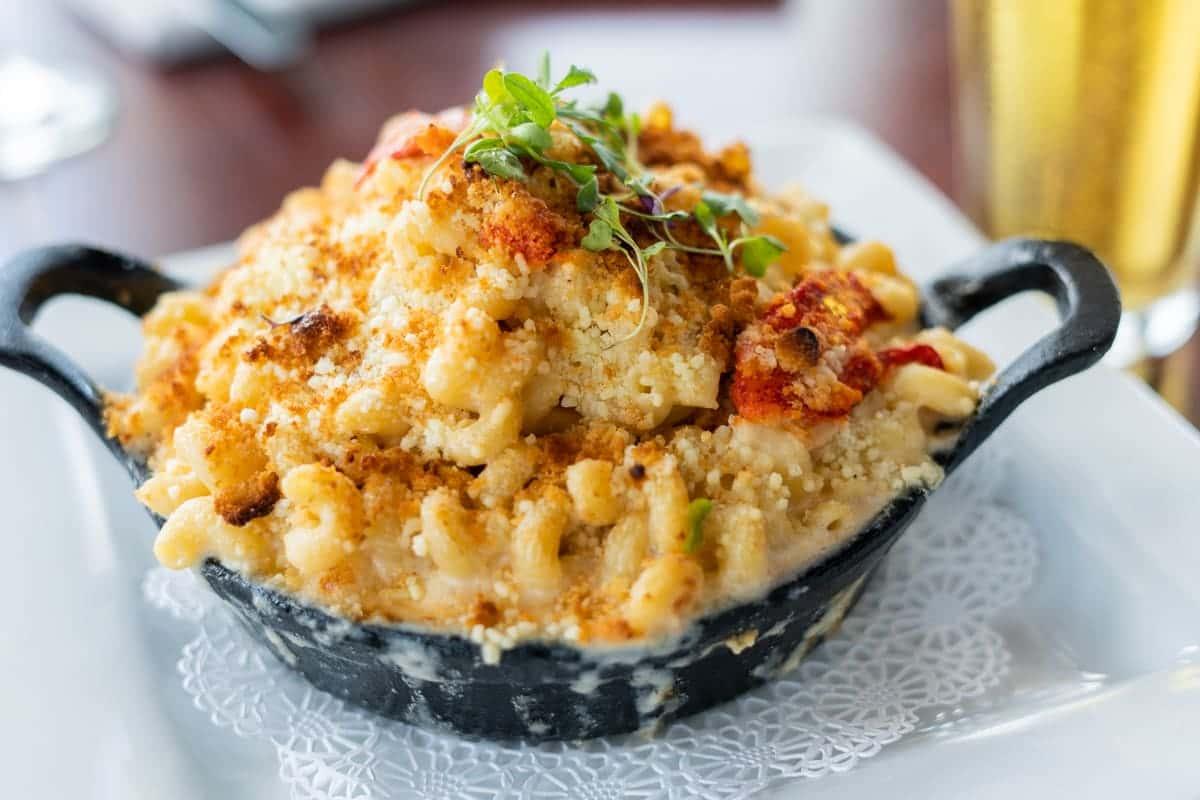 Casserole-Baked Macaroni & Cheese