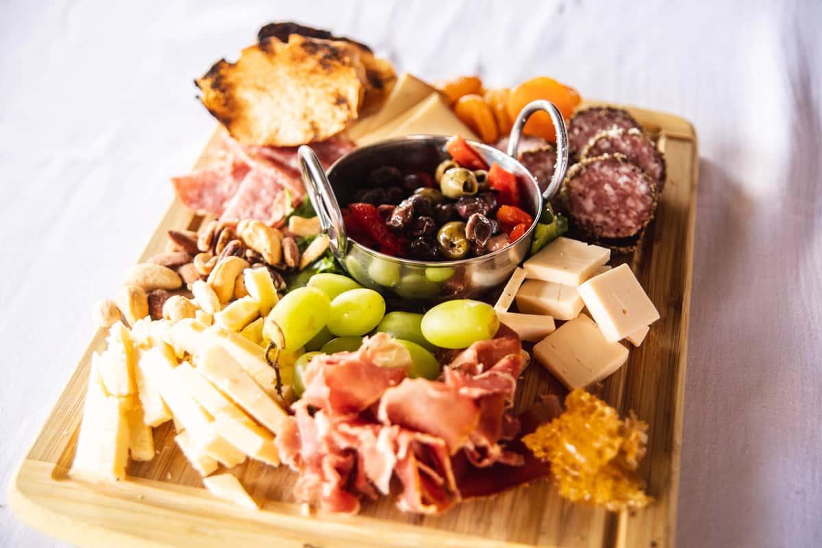 350 Artisan Cheese & Crudités Board