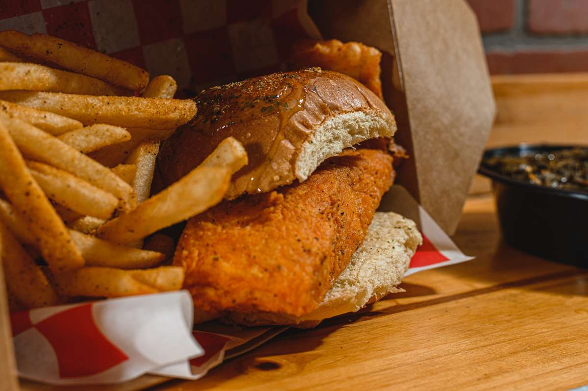 Big Fish w/Fries (Swai Only)