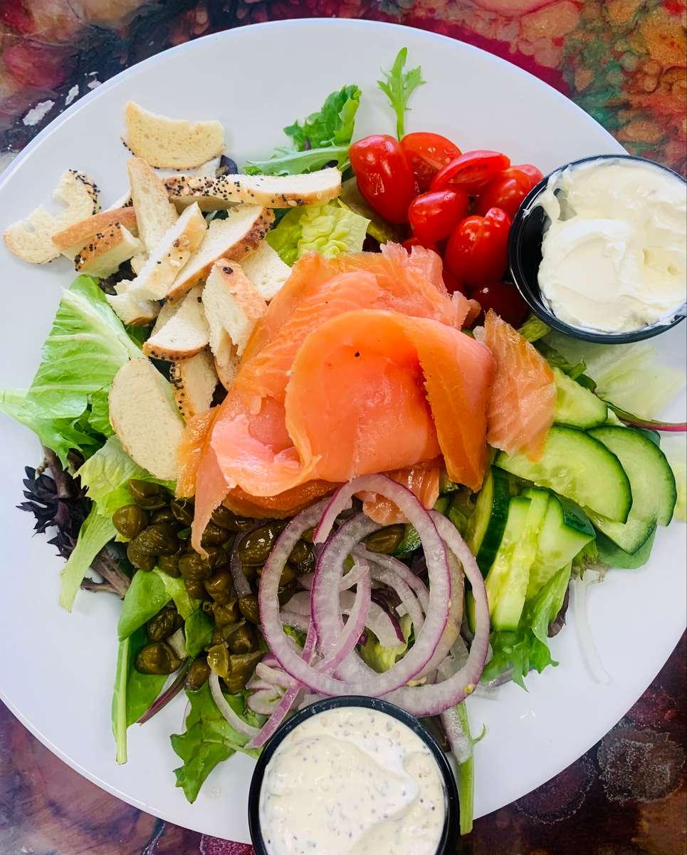 Lox Bagel Salad