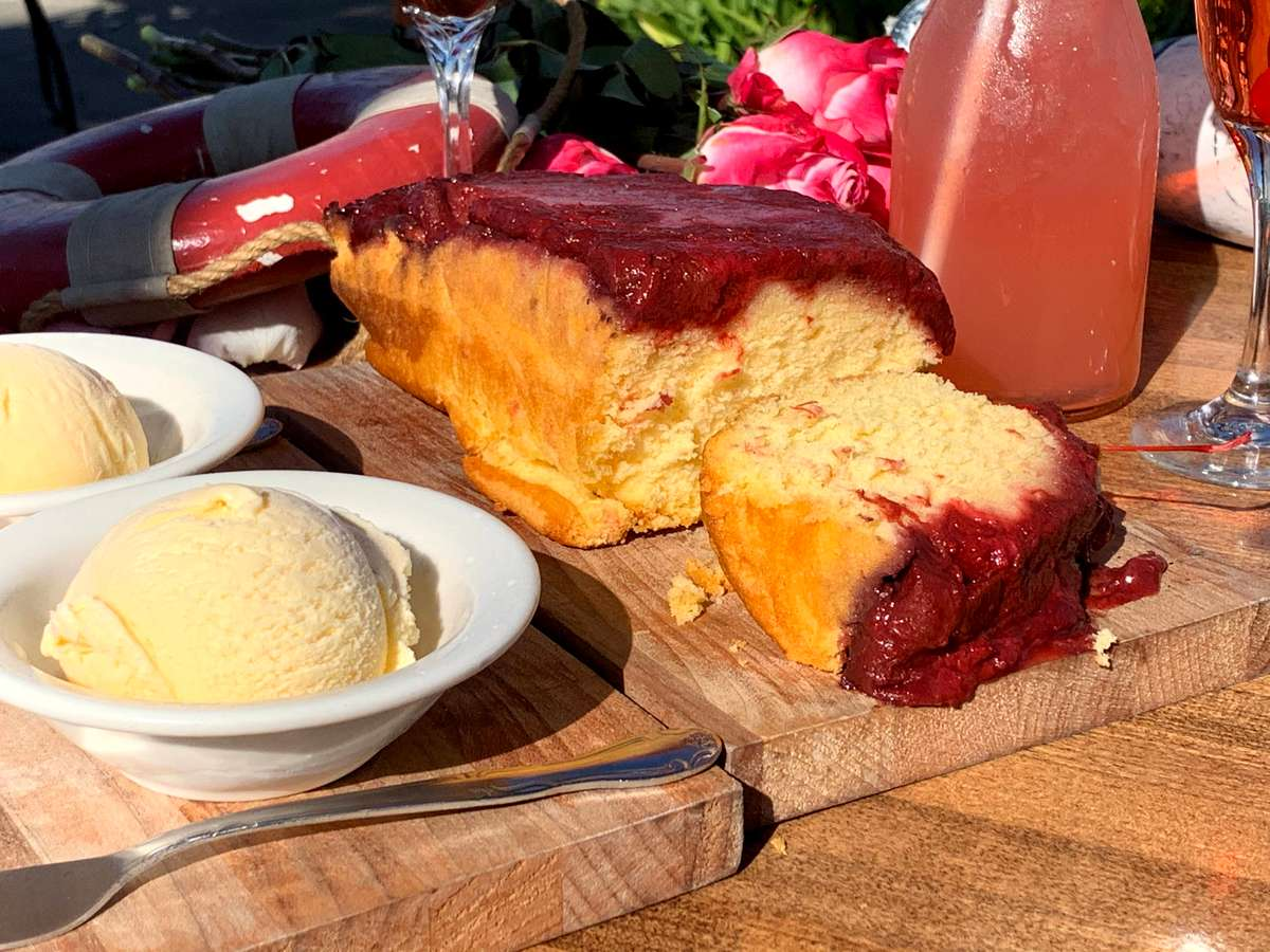 """""""The Famous"""" Strawberry Rhubarb """"Home Style"""" Cake-in-a-Pan"""