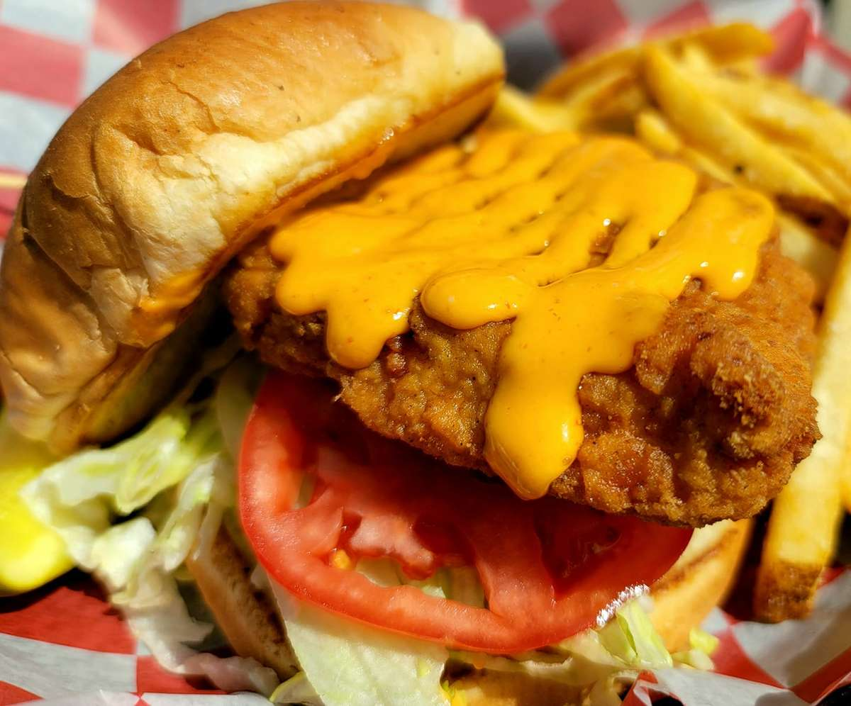 Gunnyfried Chicken Sandwich