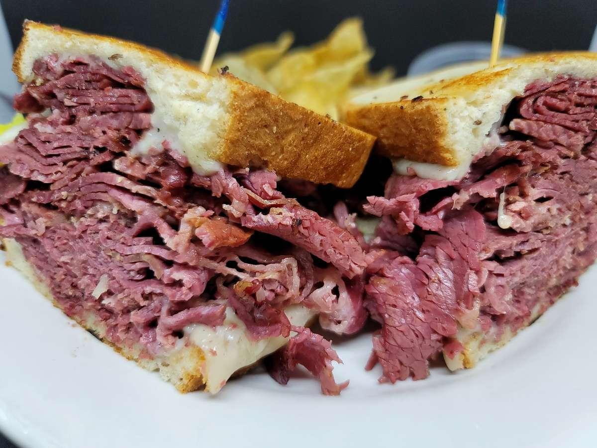 Jumbo Corned Beef Sandwich
