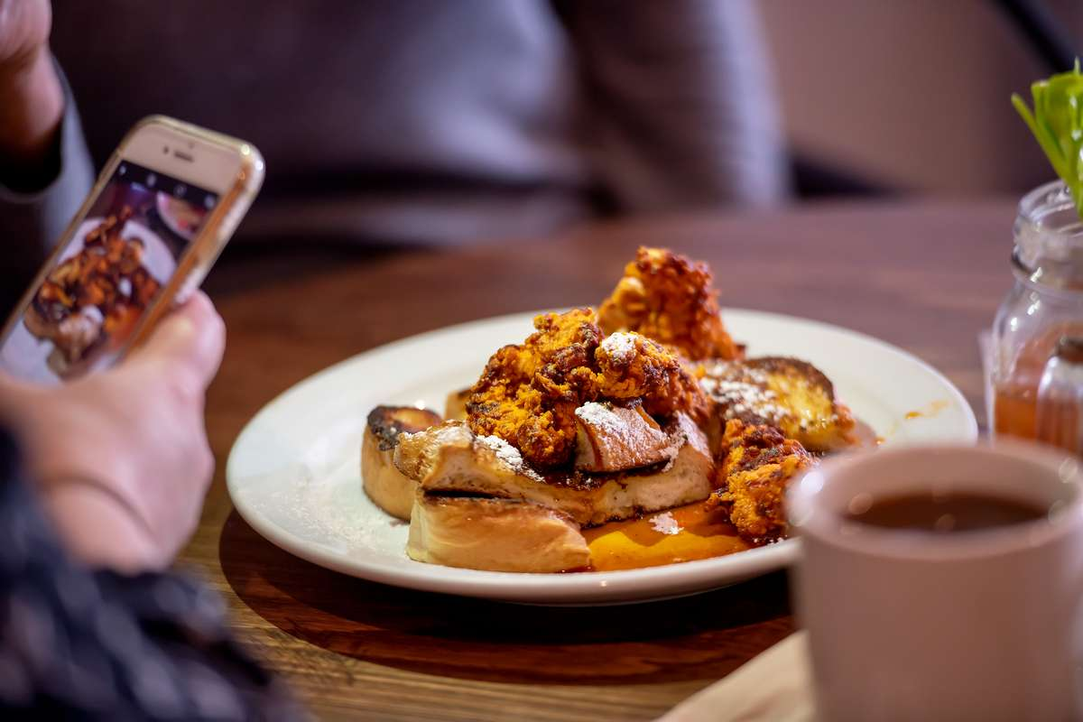 Hot Chicken & French Toast