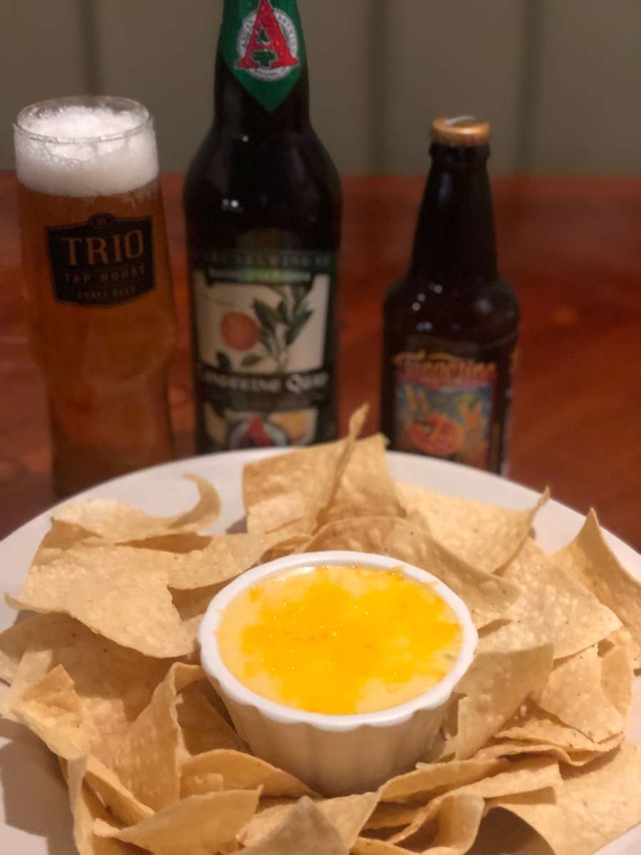 TAPHOUSE BEER QUESO