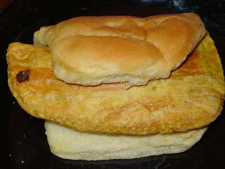 Patty & Coco Bread