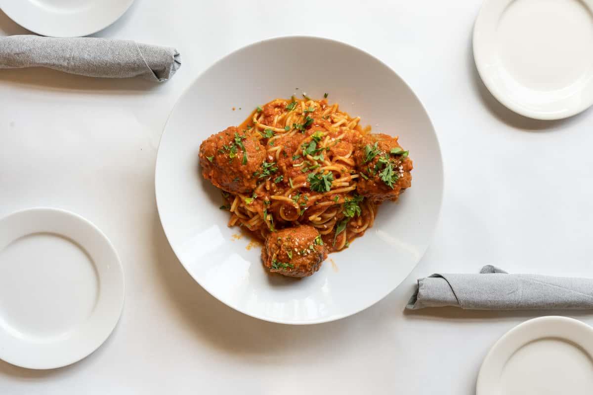 Spaghetti E Polpettine.