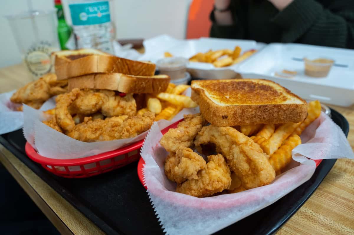 Chicken tendies and fries