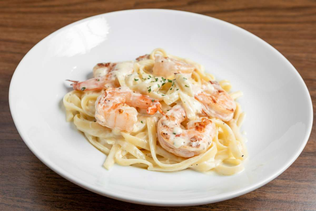 Fettuccini Alla Alfredo With Shrimp