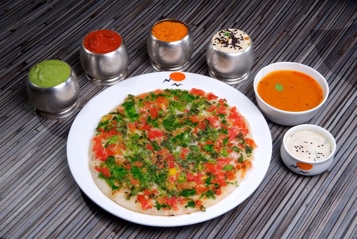 Special Tomato Masala Uthappam