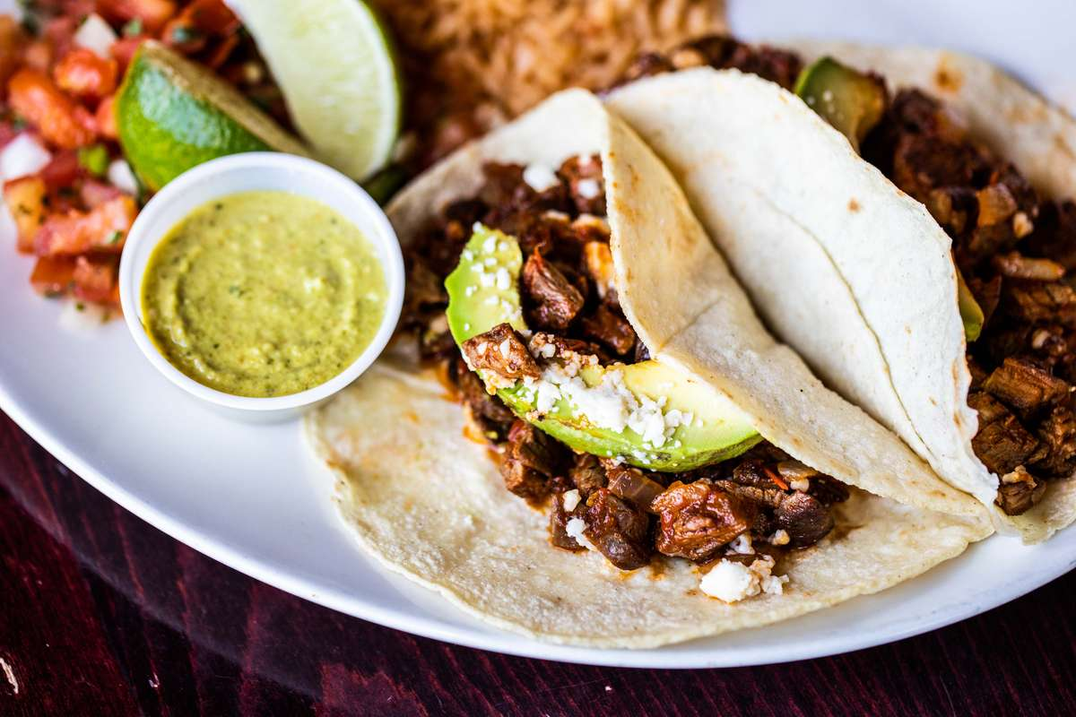 Lily's Street Tacos