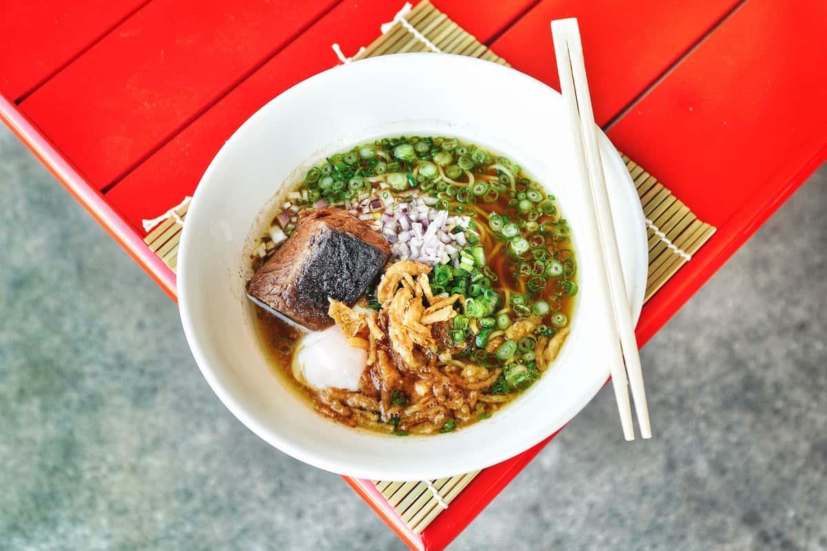 Shoyu Ramen (醤油ラーメン)